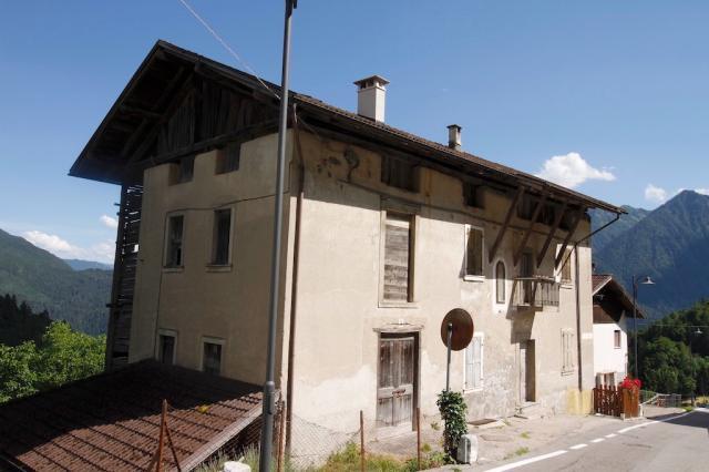 PORZIONE DI CASA A MONTAGNE, Immobili in Val Rendena e ...